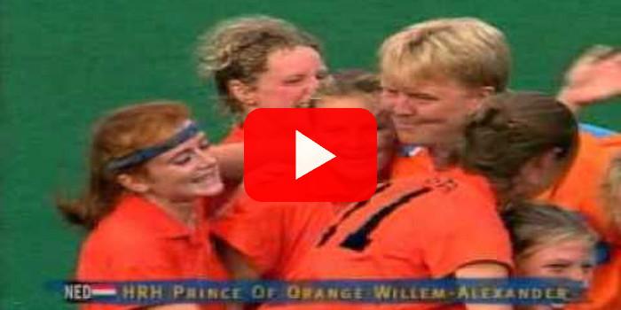 OLYMPISCHE SPELEN - Willem Alexander feest met bronzen hockey dames (1996)
